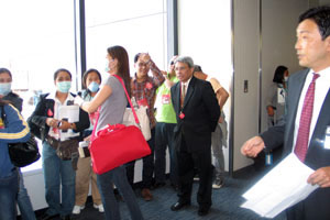 Consul-General Confiado with some of the Filipino nurses who arrived last Sunday, 11 May 2009.