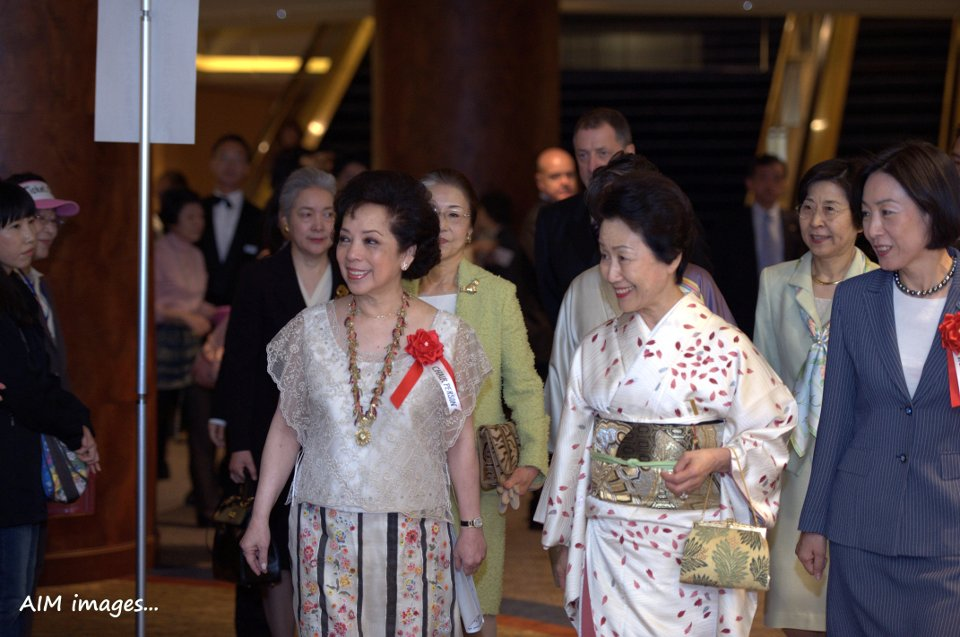 HIH Princess Hitachi  (middle foreground) is joined by Madame Maria Teresa L. Lopez (leftmost foreground, Chairperson of the 2012 ALFS Festival and Charity Bazaar and Madame Sosan Hong, Vice Chairperson of the 2012 ALFS Festival and Charity Bazaar.