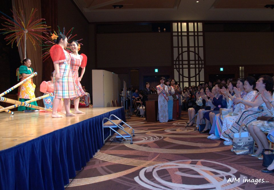 Students from Tokyo University of Foreign Studies perform traditional Filipino dances.