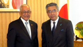 Vice Minister for Foreign Affairs Shinsuke Sugiyama receives Ambassador-Designate Jose C. Laurel V.