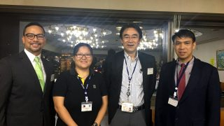 Filipino participants in the UNAFEI Training Course Ms. Precilla Q. Camposanto (2nd from L) and Deputy Director Nanding N. Bayle (rightmost) are welcomed by Japanese Vice Minister of Justice Kurokawa Hiromu at the opening reception. Joining them is Philippine Embassy-Tokyo Political Officer Josel F. Ignacio.