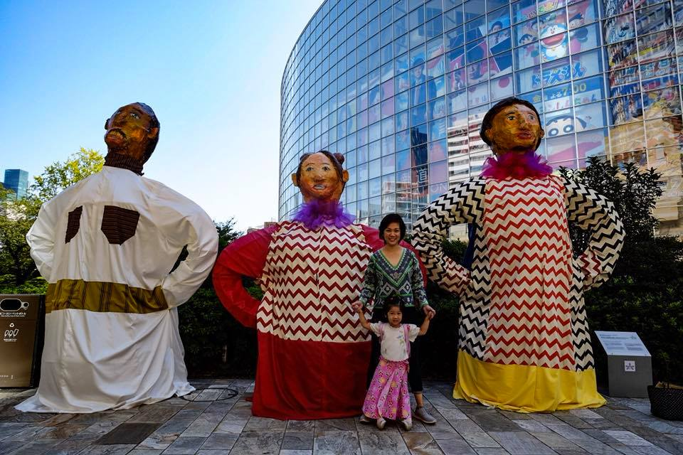 "Featured during Roppongi Art Night is NEO-ANGONO ARTIST COLLECTIVE's work ""Walking Among Giants: Them Are Us Too"" consisting of 24 Higantes (Giant Statues) displayed in Roppongi Hills and Mori Garden.(Photo Credit: Mr. Timothy James Mortel)"