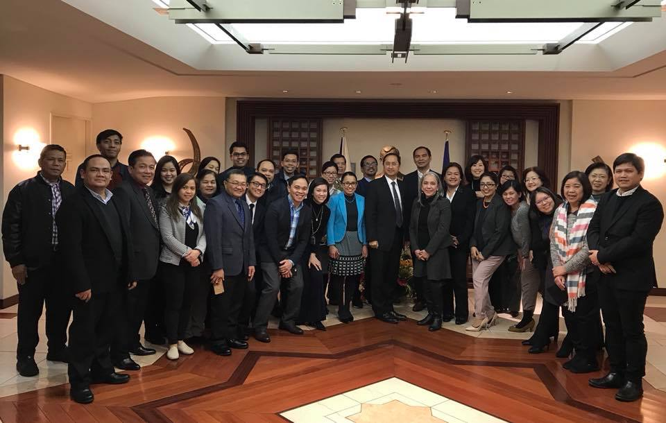 Under-Secretary General Heidi Mendoza of Internal Oversight Services of the United Nations graced the Philippine Embassy in Tokyo and talked about her experiences in working in the government and in an international organization.