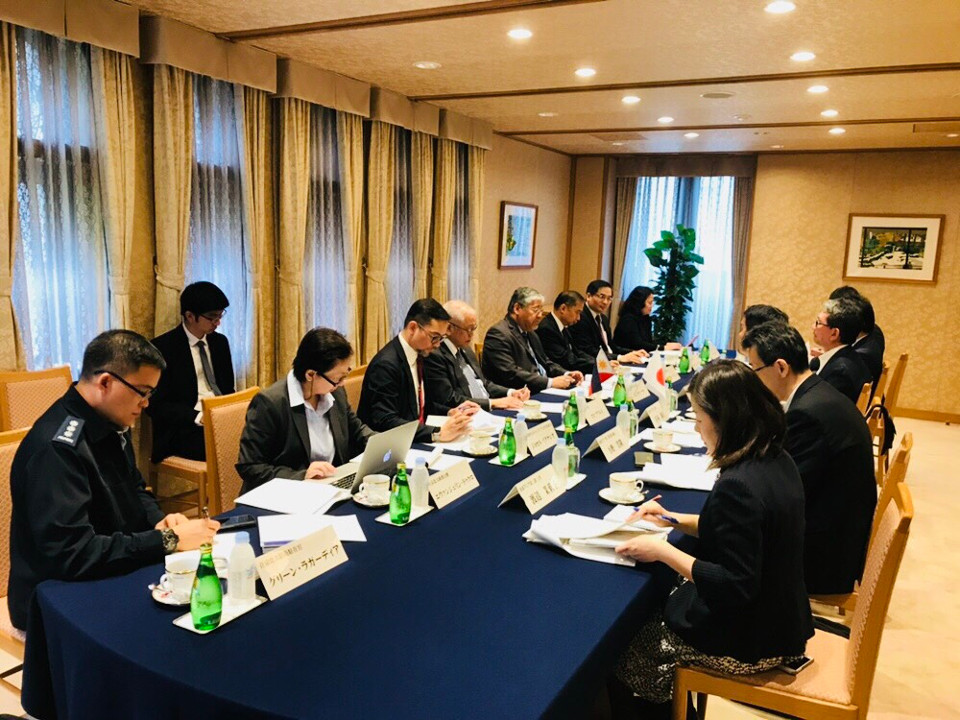 Philippine and Japanese delegates discuss issues of mutual interest at the 4th Vice Ministerial Strategic Dialogue held on 14 June 2018 in Tokyo (Photo by: Mr. Mahabsar B. Lucman)