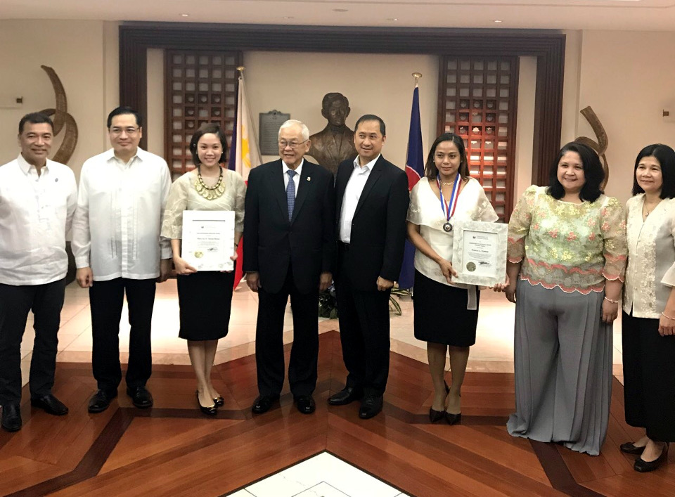 Seven Philippine Embassy Personnel in Tokyo are Recipients of the