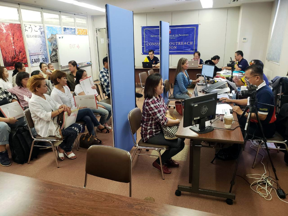 The Embassy outreach team served a total of 179 applicants during the one-day outreach in Sapporo City, Hokkaido.