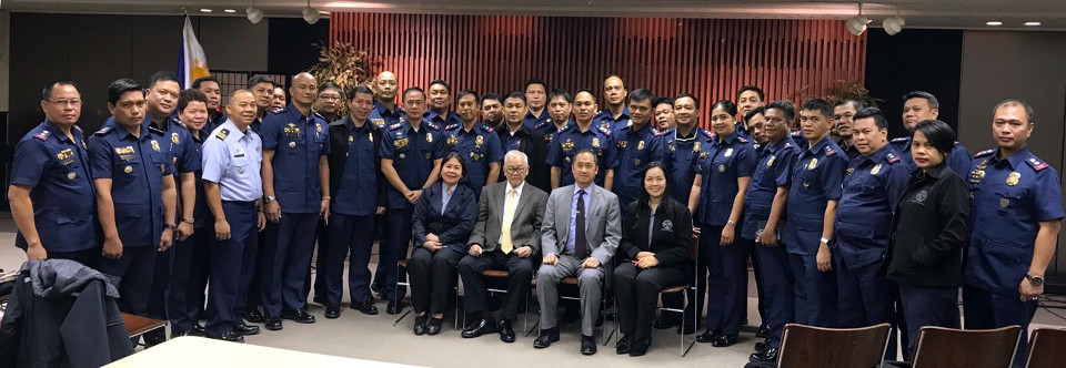 Ambassador Jose C. Laurel V, joined by Deputy Chief of Mission Eduardo MR Meñez, with the students from the Philippine Public Safety College (Photo credit: Ms. Kathleen Marges-Akim)